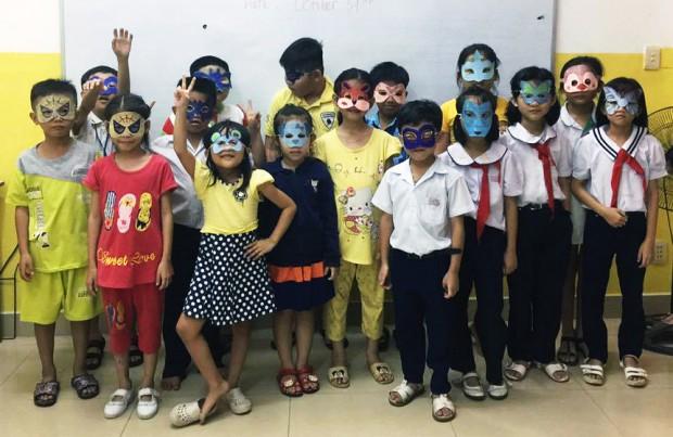 Lớp tiếng Anh dành cho các em nhỏ của Trung tâm