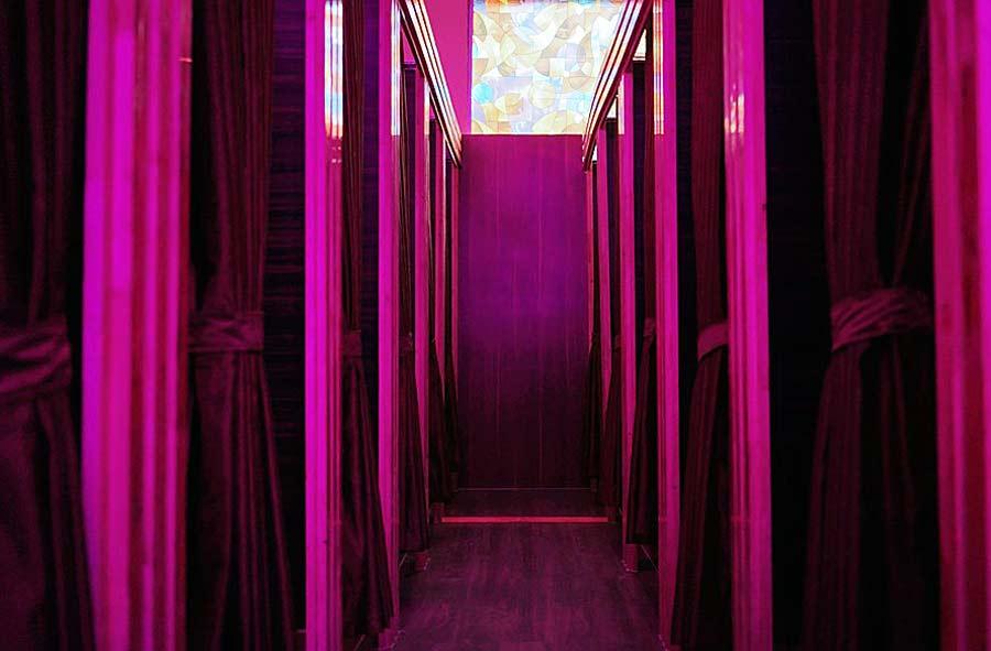 Không gian riêng tư và lãng mạn tại Eros Coffe