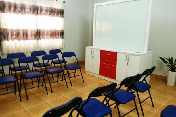 Phòng họp từ 20 đến 30 ghế.