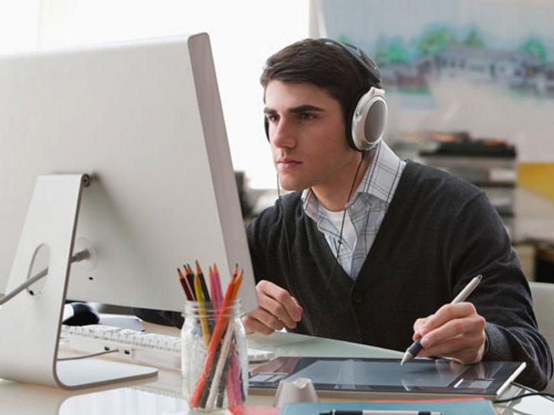 Luyện nghe là bước đầu để giao tiếp tiếng Anh hiệu quả - Học Anh ngữ giao tiếp hiệu quả