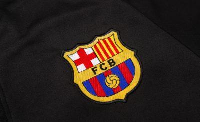 Áo đấu, Áo bóng đá Barcelona - Gã khổng lồ xứ Catalan