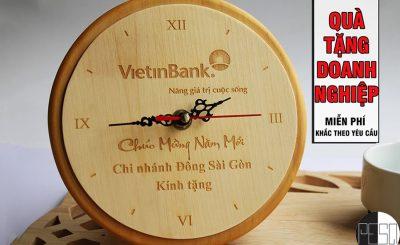 Đồng hồ khắc gỗ theo yêu cầu