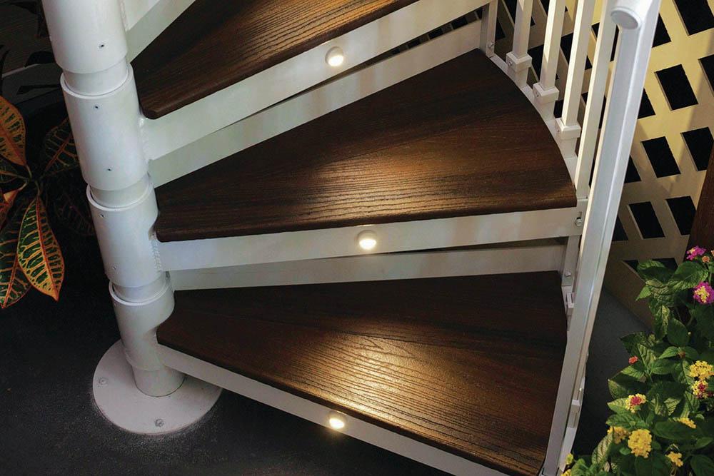 Cầu thang gỗ Cần Thơ