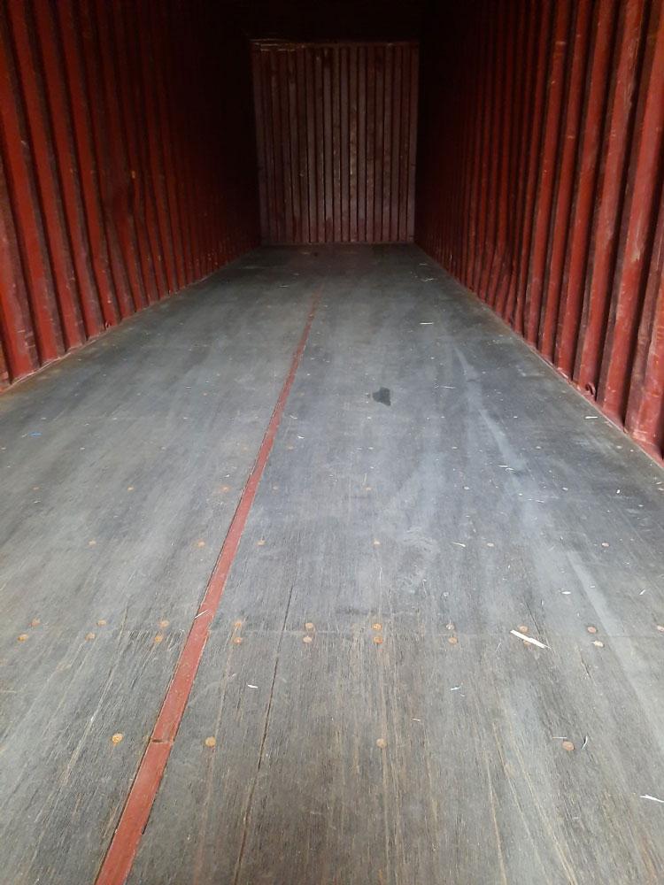 Container khô 40 Feet - Bên trong