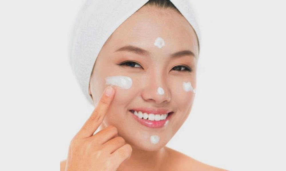 Kem dưỡng ẩm - Những lưu ý khi skincare