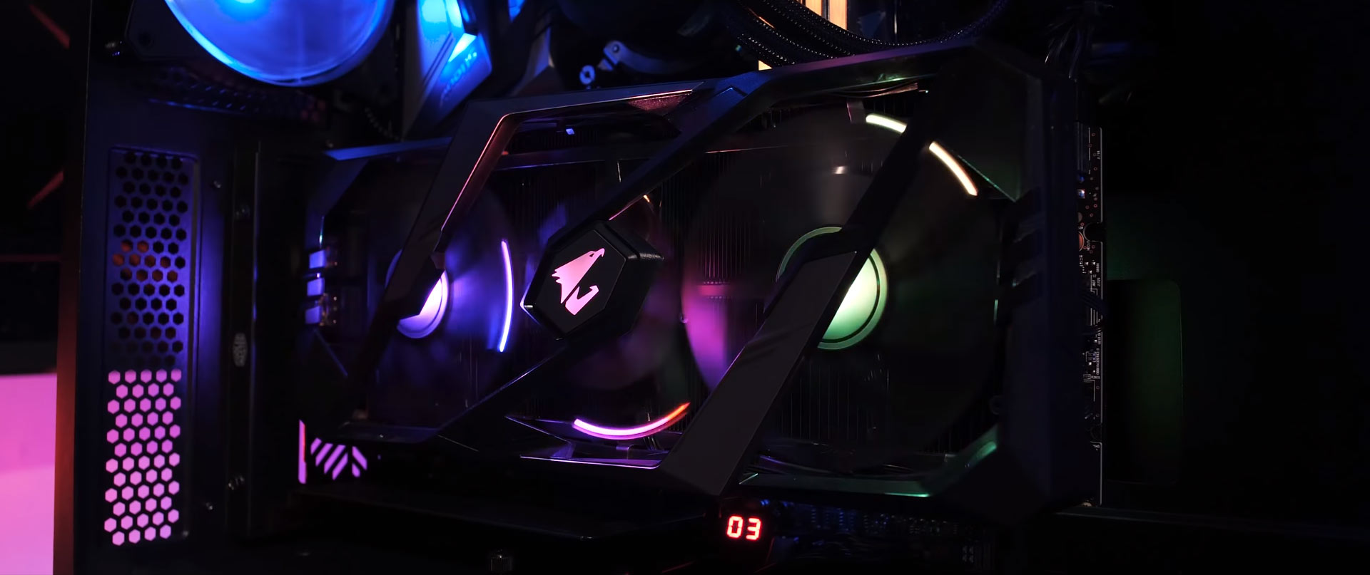 linh kiện máy tính Phong Vũ