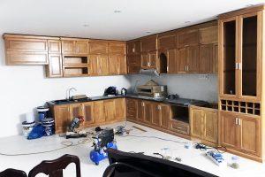 Xưởng mộc Cần Thơ: Tủ bếp gỗ tự nhiên Cần Thơ